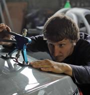 Николай Волгин – Мастер удаления вмятин без покраски (технология PDR). Увлекаюсь восточными единоборствами.